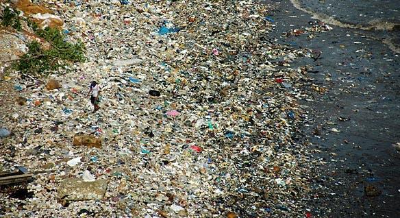 Ocean Trash Pollutes Caribbean Beaches
