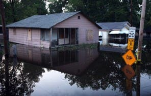 VICKSBURG, MS - MAY 10: A home is surrounded by floodwater May 10, 2011 in Vicksburg, MS. (Scott Olson - GETTY IMAGES)