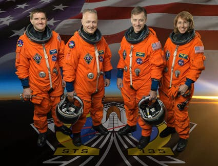 STS-135 mission crew: commander Chris Ferguson (centre right in photo), pilot Doug Hurley (centre left), and mission specialists Sandy Magnus and Rex Walheim. (c) NASA