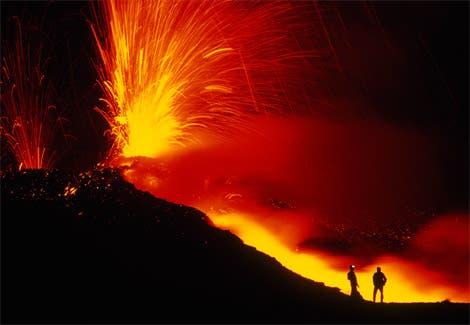 Mount Etna Intensifies Eruption