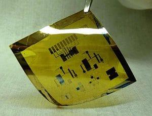 Flexible circuit coated with cadmium selenide nanocrystals manufactured in the Kagan lab (c) David Kim and Yuming Lai/University of Pennsylvania.