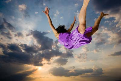 One of the most common experience people choose to have when lucid dreaming is flying - can you blame them?