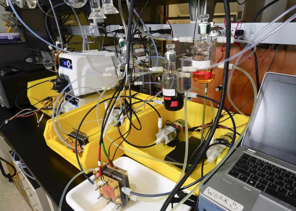 Prototype redox-flow battery (credit: USC Photo/Gus Ruelas)