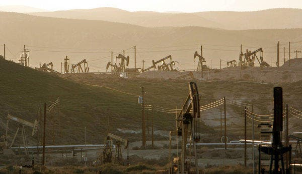 Pump jacks dot oil fields between the California towns of Taft and Maricopa. The very deep petroleum would be hard to reach. Methods such as fracking would bring environmental concerns and no guarantees. Photo: Los Angeles Times