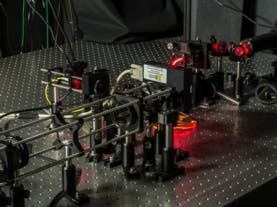 The apparatus employed by the researchers to characterize photon momentum, while preserving info on position. Photo: Gregory A.  Howland