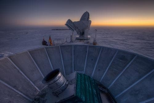 BICEP2 (in the foreground) and the South Pole Telescope (in the background). Credit: Steffen Richter, Harvard University