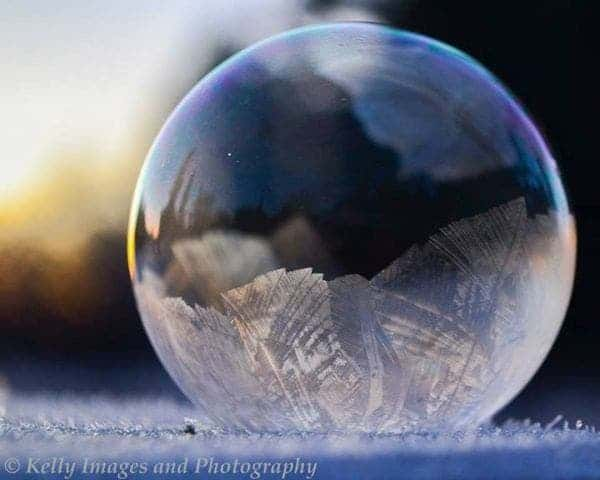 The science of soap bubbles [with great pics]