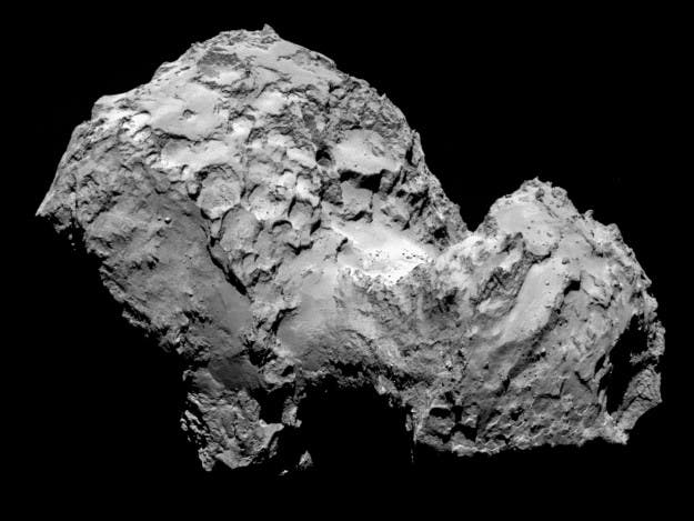 Comet 67P/Churyumov-Gerasimenko by Rosetta's OSIRIS narrow-angle camera on 3 August 2014 from a distance of 285 km. The image resolution is 5.3 metres/pixel. Credit: ESA/Rosetta/MPS