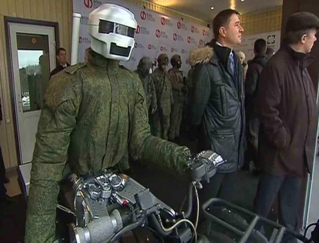 robot-biker-0432
