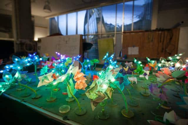 MIT Creates Beautiful LED Origami Robot Garden