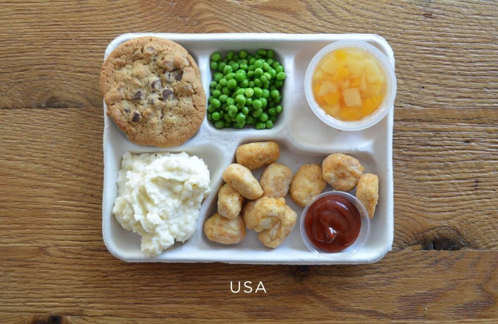 cafeteria serving usa