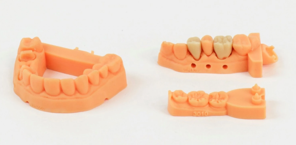 Smooth and crisp 3D printed dentures. Image: Carbon3D