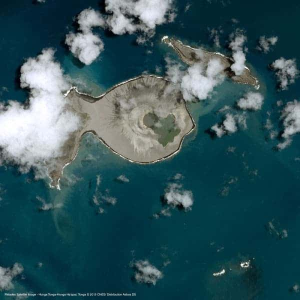 Underwater Volcano Eruption Creates New Island in the Pacific Ocean