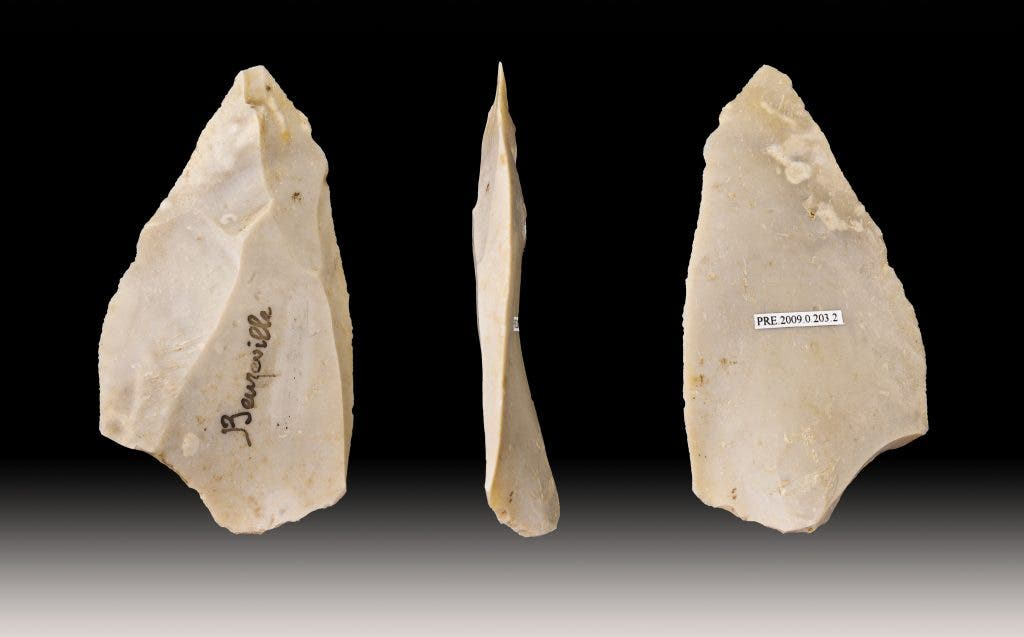 an analysis of cultural symbolism as practiced by the neanderthals and modern humans A new study has shed some much-needed light on the everyday lives of neanderthals, stating that these early humans often partook in collective hunting involving sophisticated strategies for capturing prey through a thorough analysis of prehistoric animal remains from germany, the researchers have.