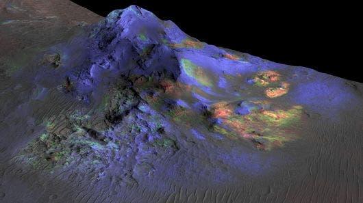An impact glass deposit discovered at the Alga Crater. Credit: NASA/JPL-Caltech/JHUAPL/Univ. of Arizona)
