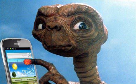 THE ALIEN E.T. THE EXTRA-TERRESTRIAL UNIVERSAL 01/05/1982 CTF17878