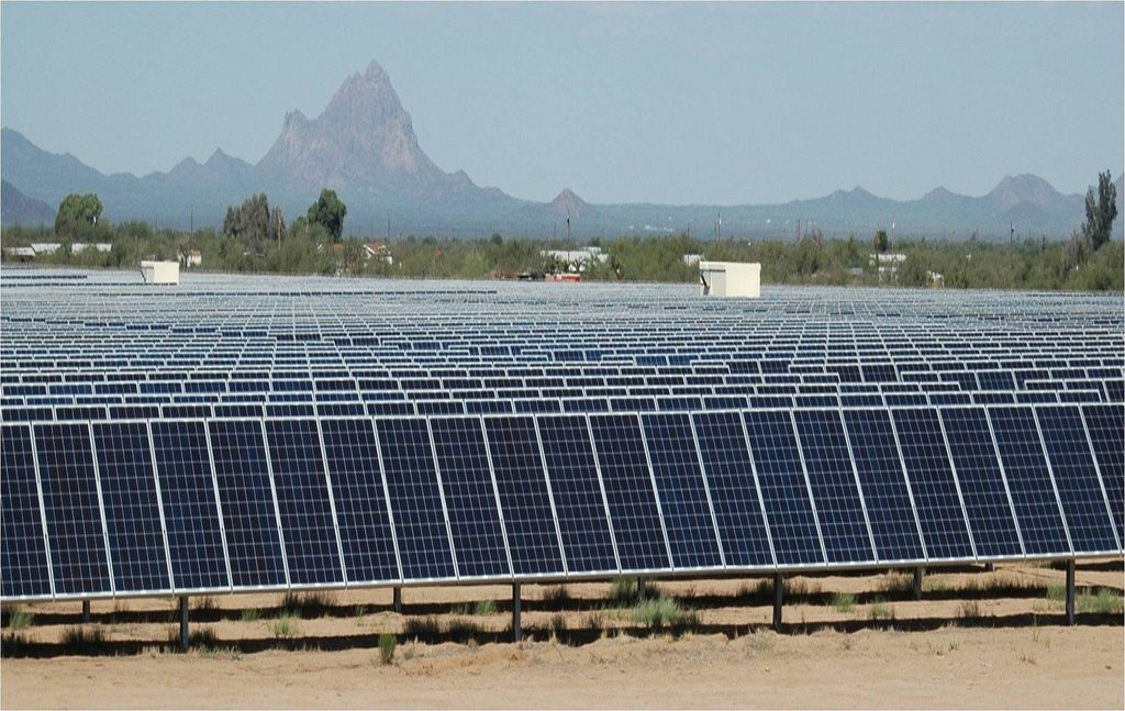 Solar Farm in Tucson, Arizona. The one planned by the Navy will be a lot bigger. Image courtesy of IBM Research, Flickr Creative Commons