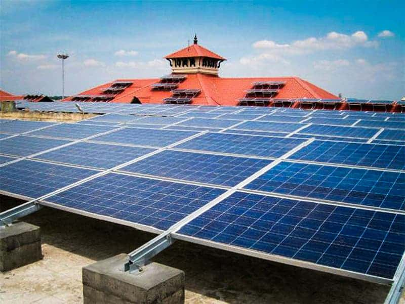 2_solar-powered-airport
