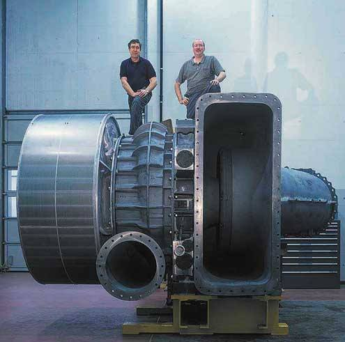 Biggest, most powerful engine in the world: 109,000 HP