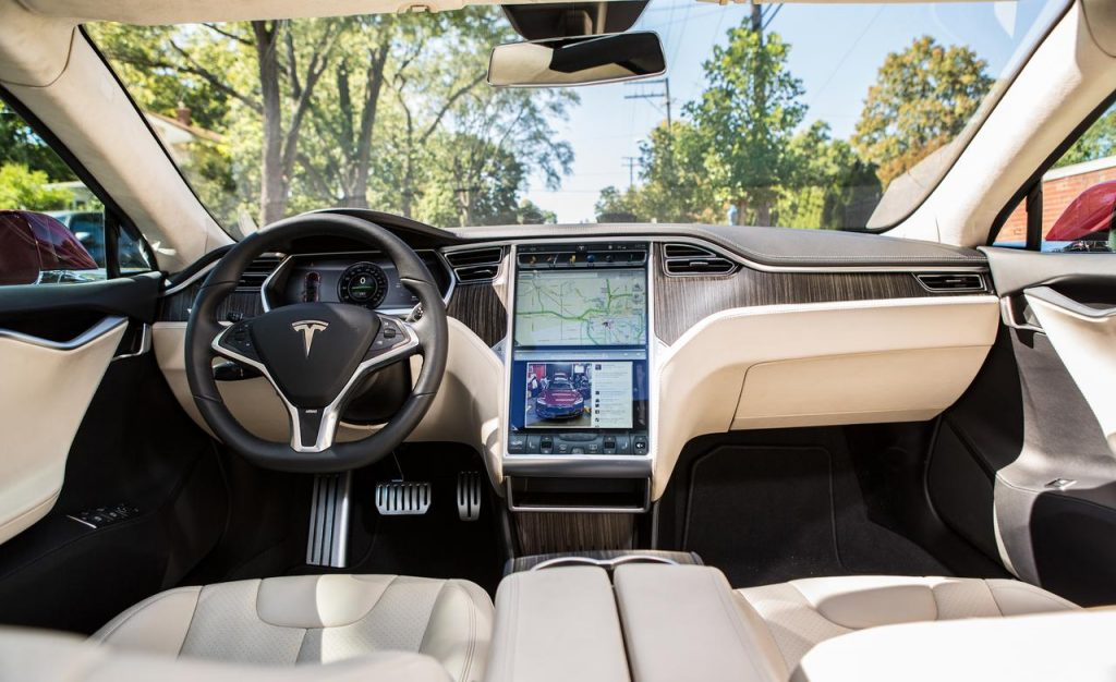 Model S interior. Photo: Capadeora.com