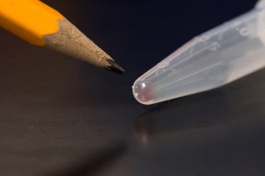 One drop of this solution contains millions of DNA molecules. It's enough to store 10 Tb of data. Image: University of Washington)
