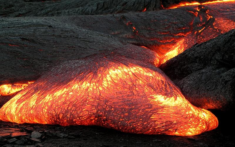 The difference between lava and magma lava flow on hawaii lava is the extrusive equivalent of magma image via hawaii volcano observatory das ccuart Choice Image