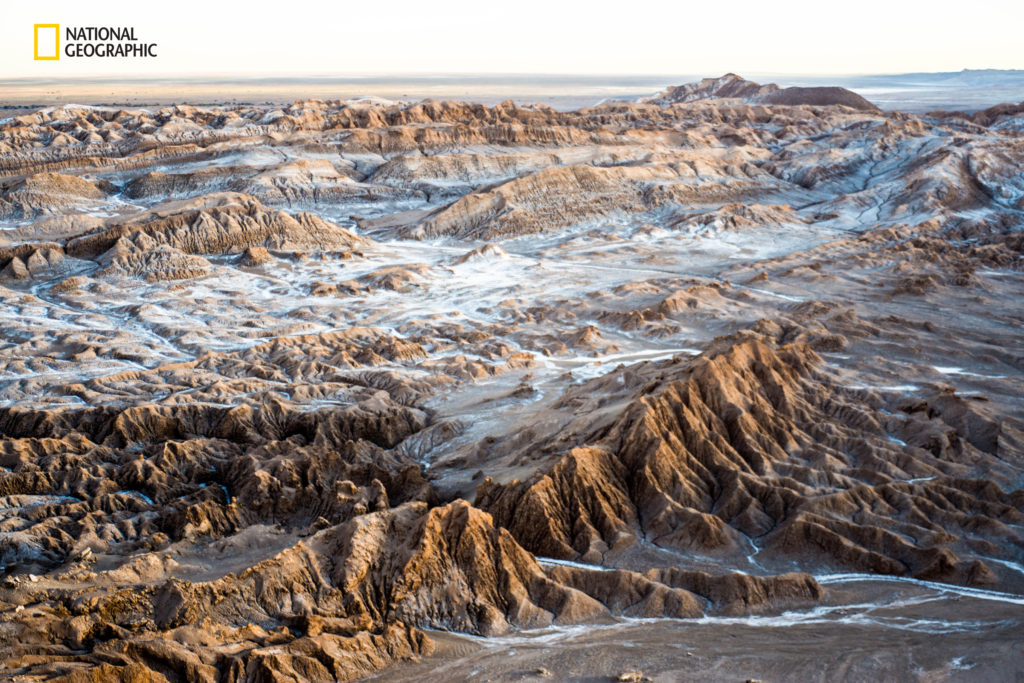 """Image credits Virginia Zoli / 2016 National Geographic Nature Photographer of the Year. """"Silence and the desert A breathtaking view of Valle de La Luna from Piedra del Coyote, San Pedro de Atacama, north of Chile."""""""