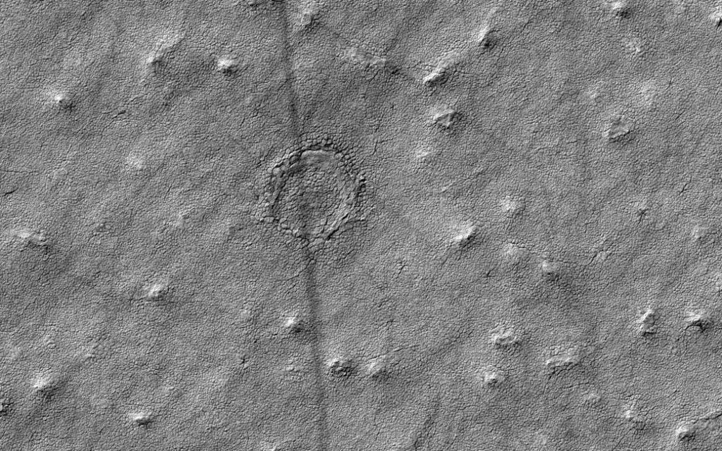 Credit: NASA/JPL-Caltech/Univ. of Arizona.
