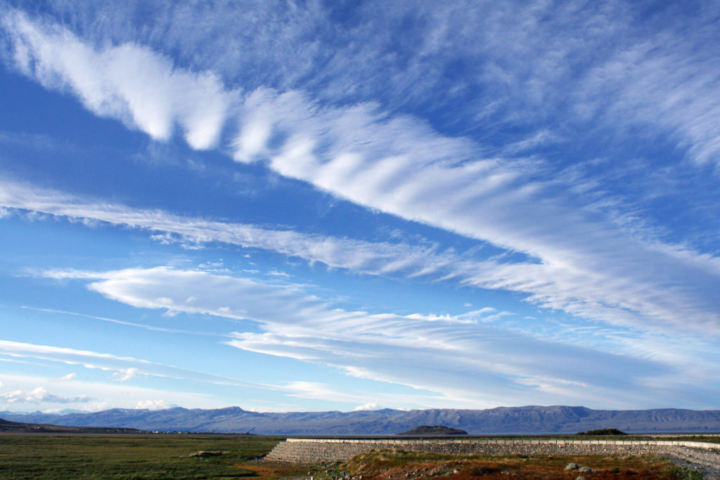 Cirrus clouds, El Calafate, Argentina. Credit: Flickr, Dimitry B.