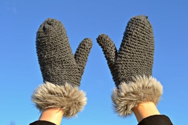 mittens_cold