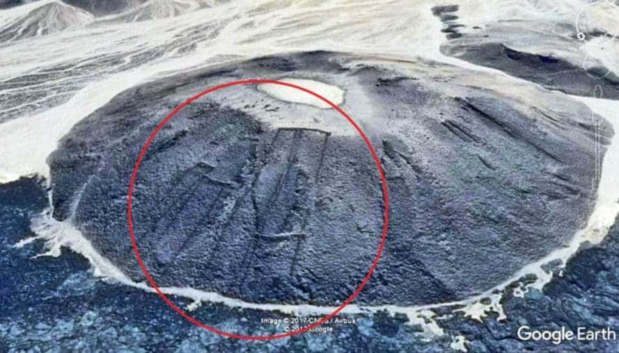 Google Earth Reveals Hundreds Of Ancient Structures In Saudi Arabia - Google earth
