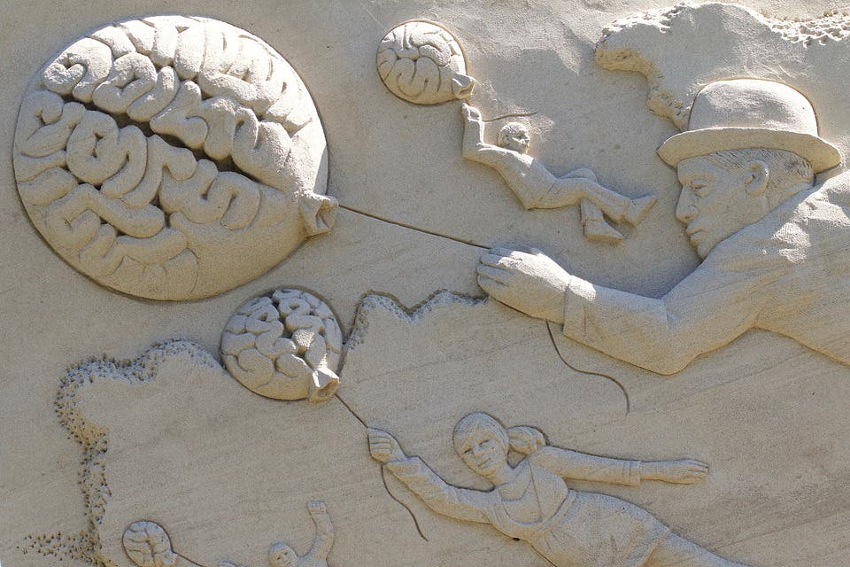 Brain sand sculpture.