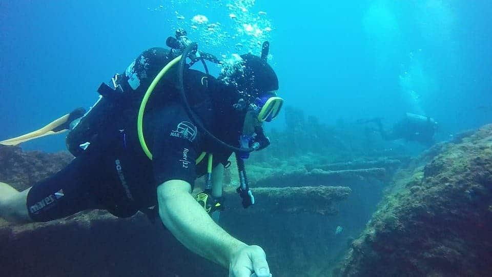 Diver Shipwreck.