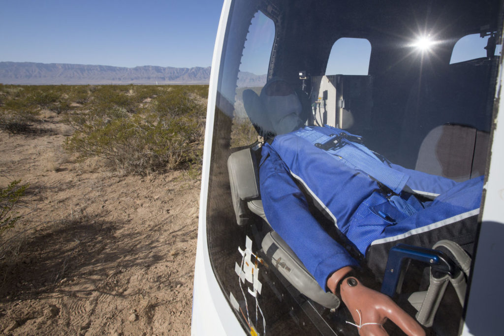 Mannequin Skywalker landed back safely. Credit: Blue Origin.