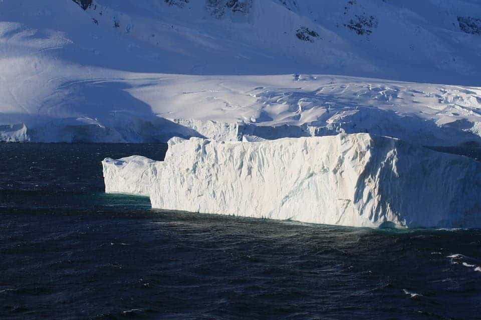 Ocean floors sinking under weight of melting glaciers