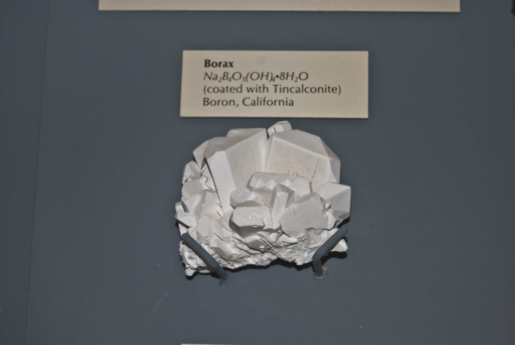 Borax coated Tincalconite. Credit: Wikimedia Commons.