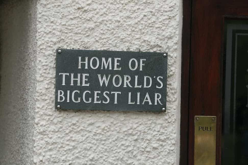 Liar sign.
