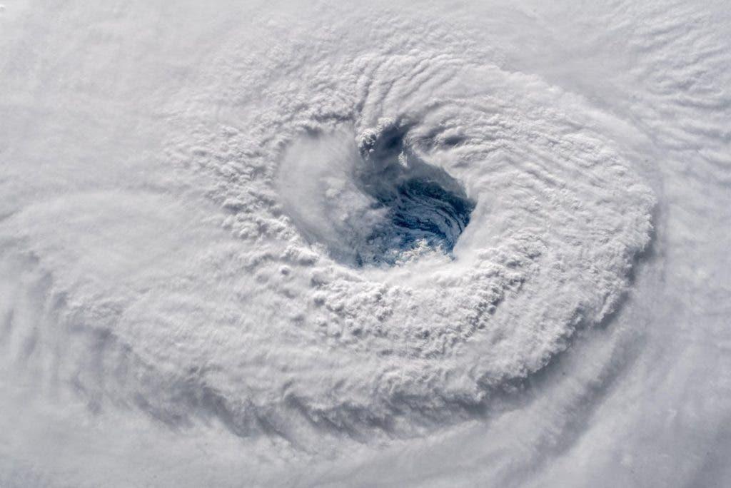 Storm eye 1.