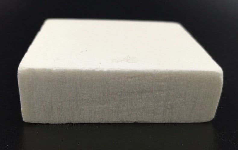 The new wood-mimicking material produced by researchers in China. Credit: Science Advances.