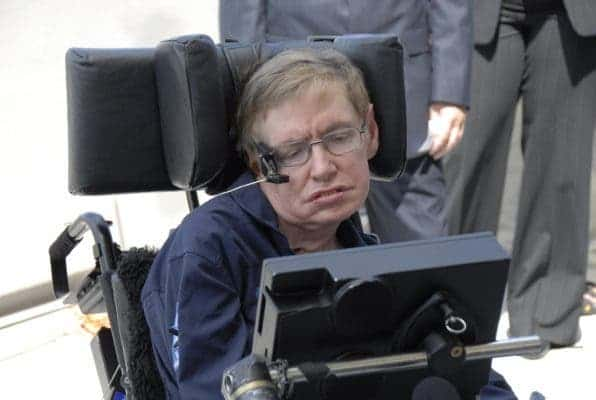 Stephen Hawking at Kennedy Space Center Shuttle Landing Facility. Credit: Wikimedia Commons.