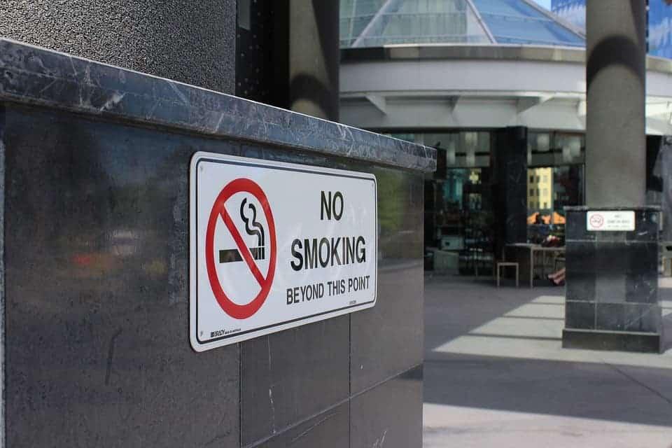 No Smoking.