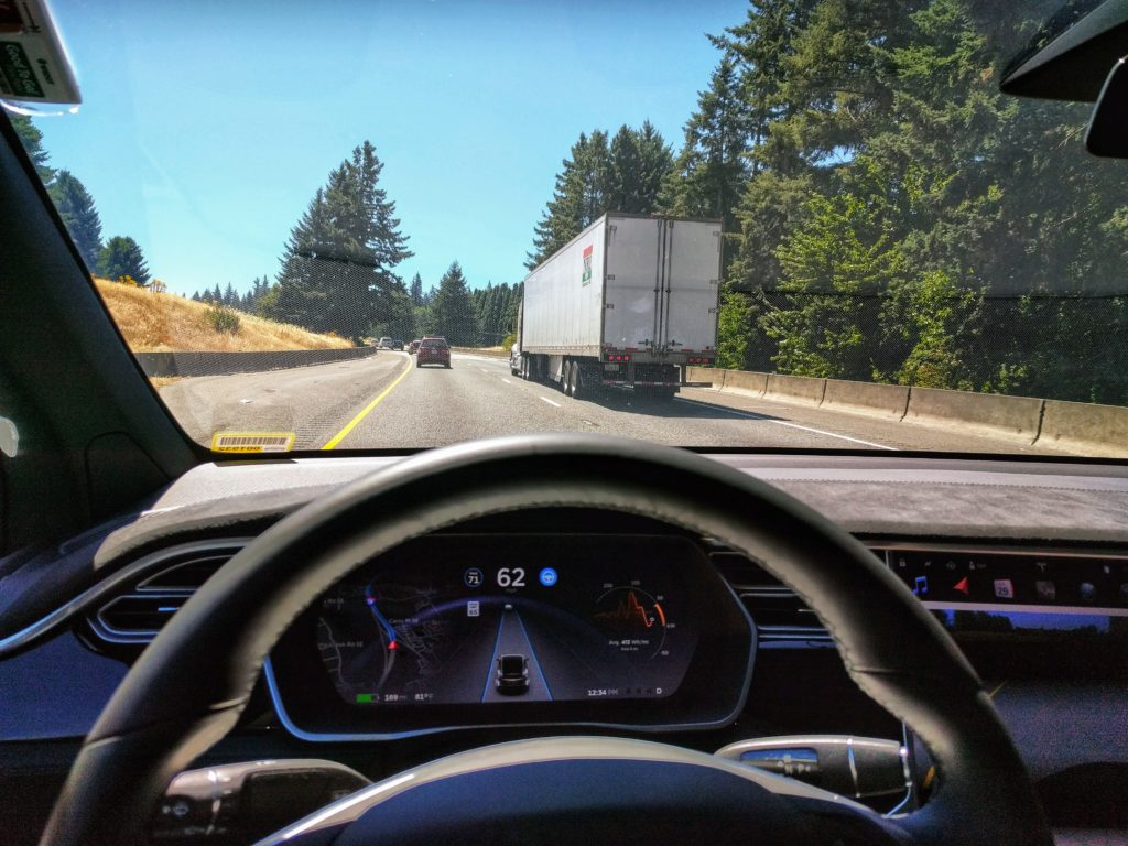 Tesla Autopilot engaged in Model X. Credit: Wikimedia Commons.