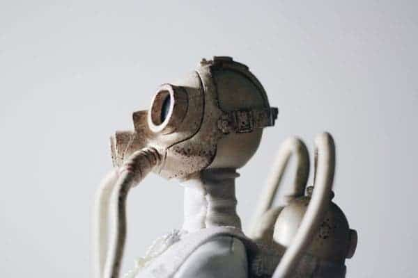 Air mask statue.