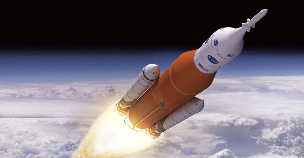 Artist impression of SLS. Credit: NASA.