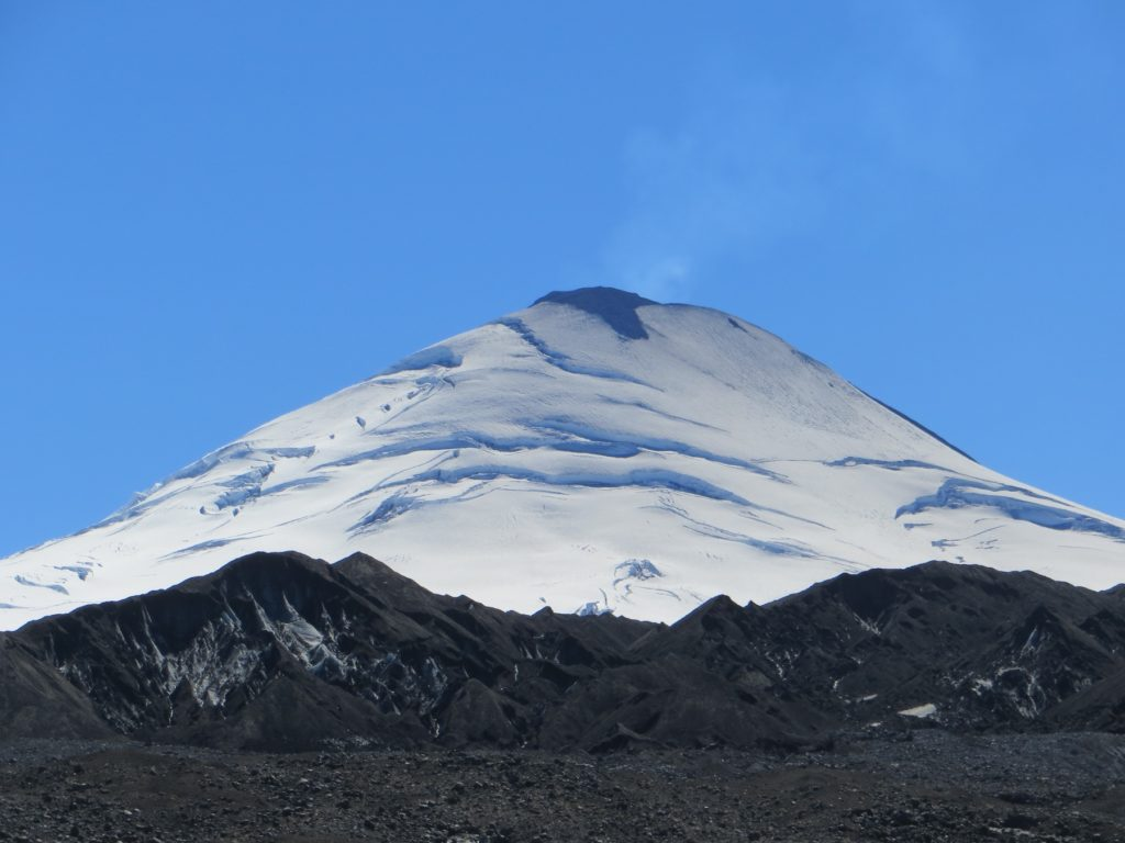 Eruption of Villarrica Volcano. Credit: Wikimedia Commons.