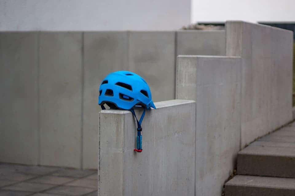 Wall helmet.