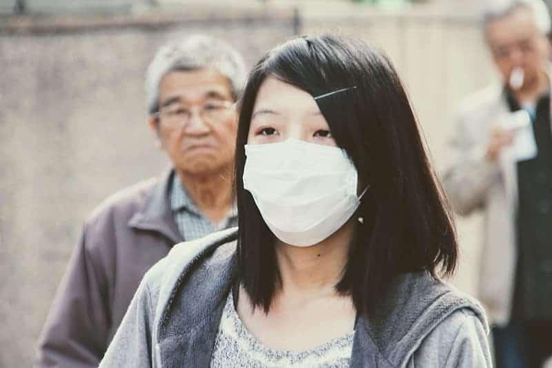 Могут ли маски для лица действительно защитить от коронавируса? Вот что говорят эксперты thumbnail